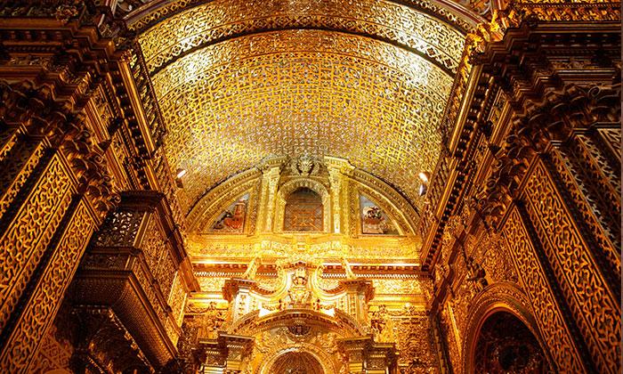 Iglesia de la compañía - Centro Histórico Quito